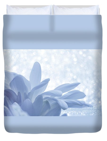 Duvet Cover featuring the digital art Immobility - Wh01t2c2 by Variance Collections