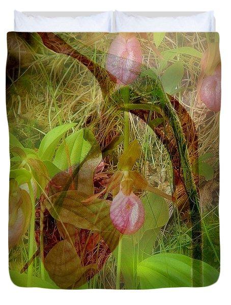 Imperiled Duvet Cover by Priscilla Richardson