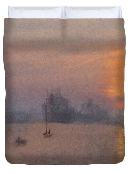 Impression Solent Leviathans Duvet Cover