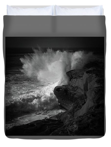 Duvet Cover featuring the photograph Impulse by Ryan Weddle