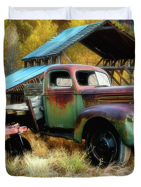 In The Autumn Of Life - 1945 Ford Flatbed Truck Duvet Cover