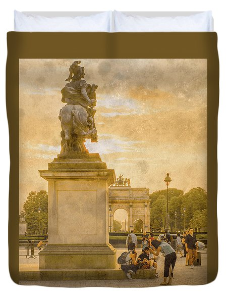 Paris, France - In The Shadow Of Glory Duvet Cover
