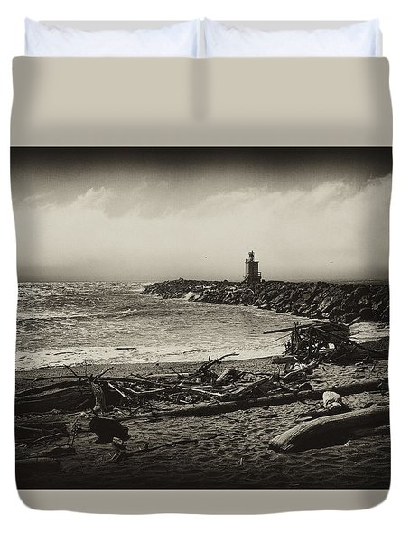 Duvet Cover featuring the photograph Incoming Fog On The Coquille by Hugh Smith