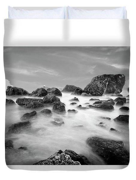 Indian Beach, Ecola State Park, Oregon, In Black And White Duvet Cover