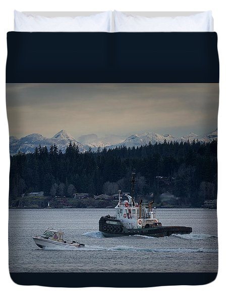 Duvet Cover featuring the photograph Inlet Crusader by Randy Hall