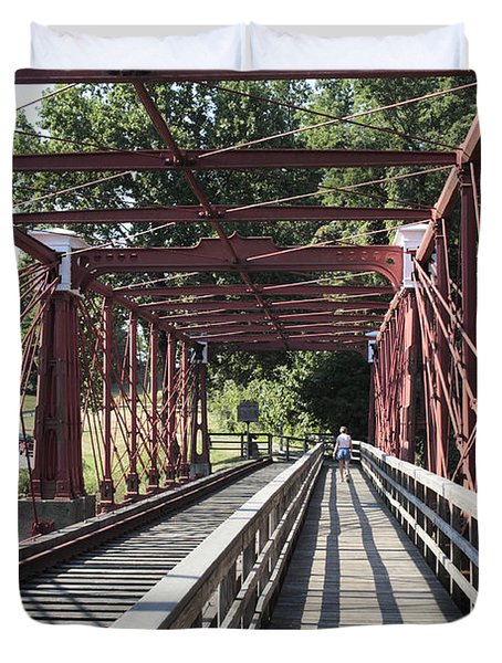 Inside The Bollman Truss Bridge At Savage Maryland Duvet Cover