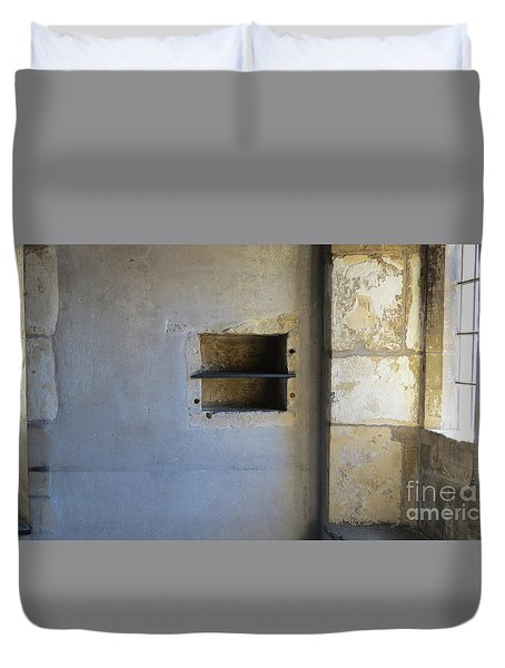 Inside Cotswald Cottage  Duvet Cover by Sandra Church