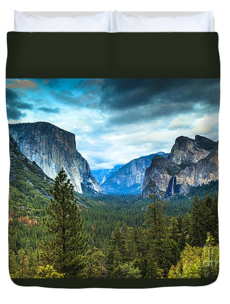 Inspiration Point Yosemite Duvet Cover