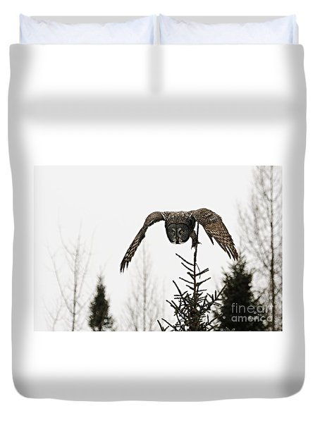 Duvet Cover featuring the photograph Intent On His Prey by Larry Ricker