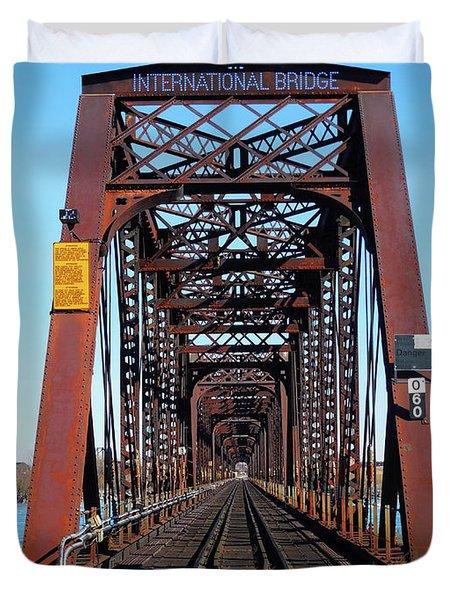 International Bridge - Railway Bridge To United States Duvet Cover