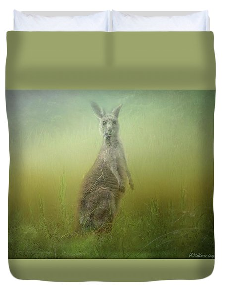 Interrupted Meal Duvet Cover by Wallaroo Images