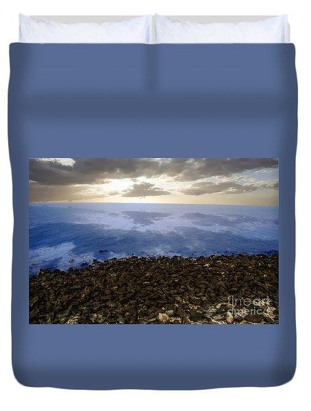 Into The Horizon  Duvet Cover
