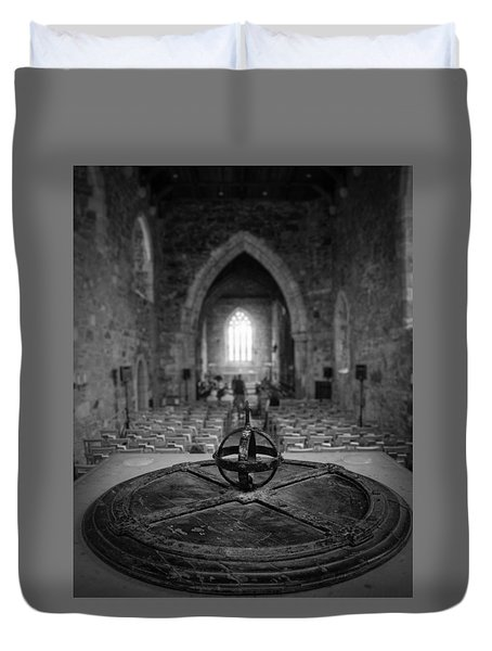 Duvet Cover featuring the photograph Iona Abbey Interior by Ray Devlin