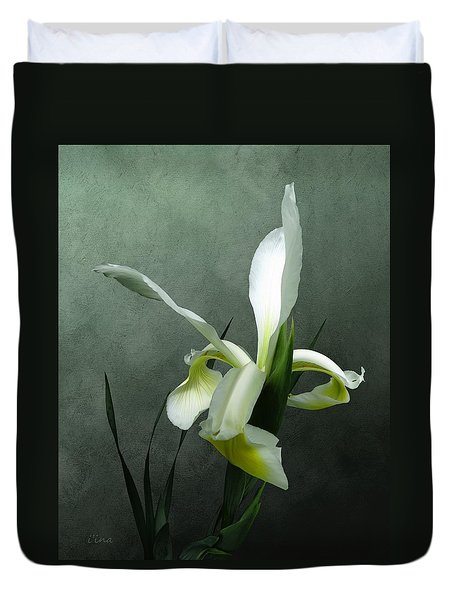 Iris Celebration Duvet Cover