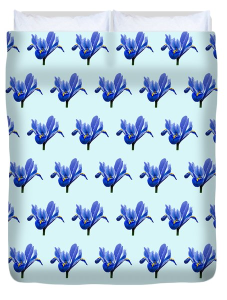 Duvet Cover featuring the photograph Iris Recticulata-2 by Paul Gulliver