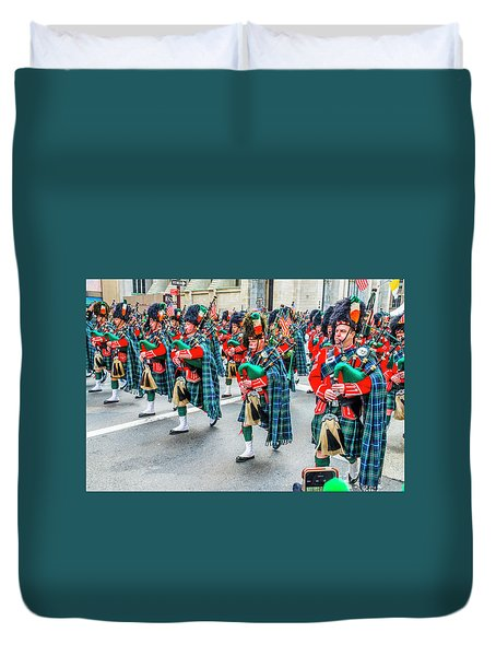St. Patrick Day Parade In New York Duvet Cover