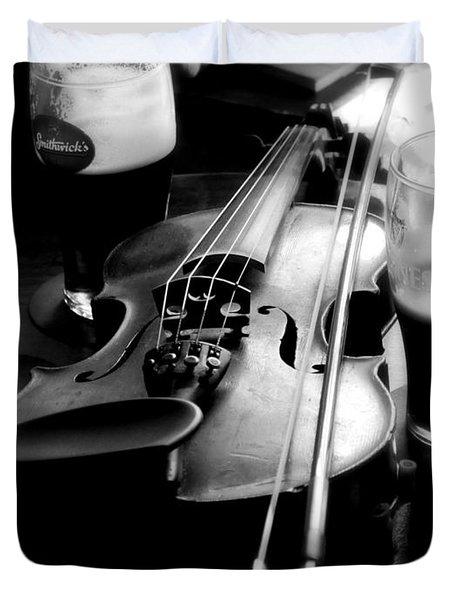 Irish Fiddle On A Break Duvet Cover