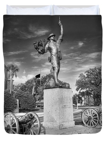 Iron Mke Statue - Parris Island Duvet Cover