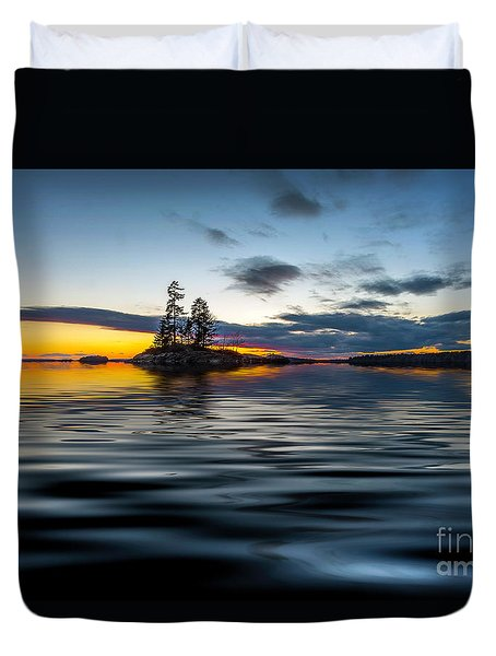 Island Dreams Duvet Cover by Mim White