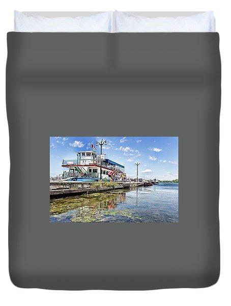 Island Princess At Harbour Dock Duvet Cover