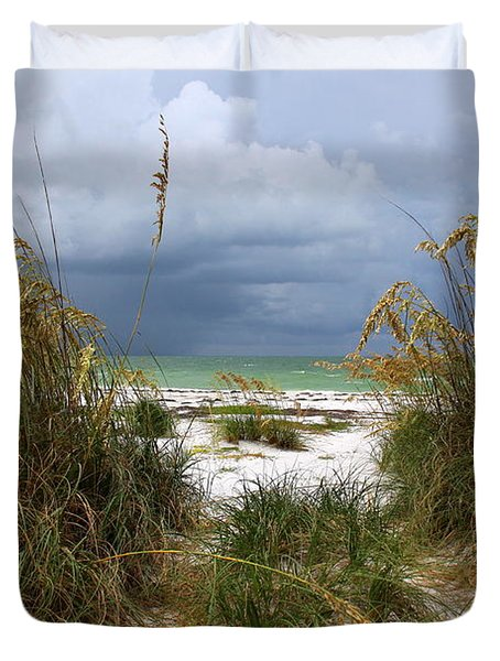 Island Trail Out To The Beach Duvet Cover