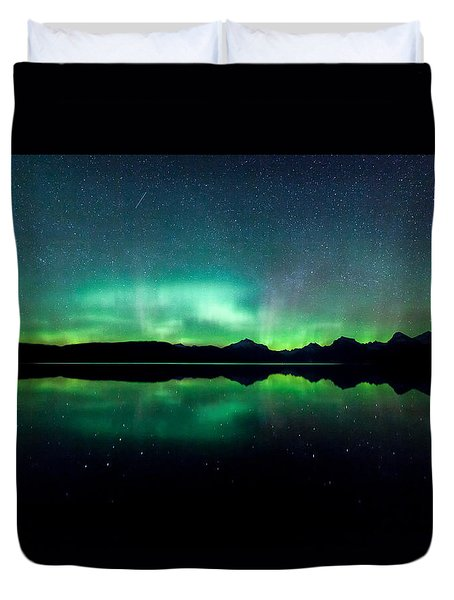 Duvet Cover featuring the photograph Iss Aurora by Aaron Aldrich