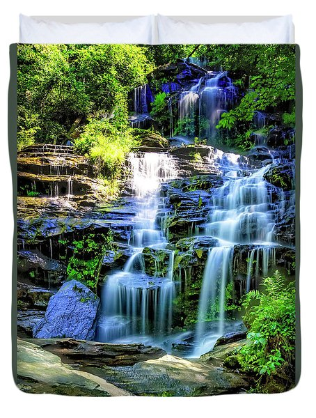 Isssawueenna Falls In Hdr Duvet Cover