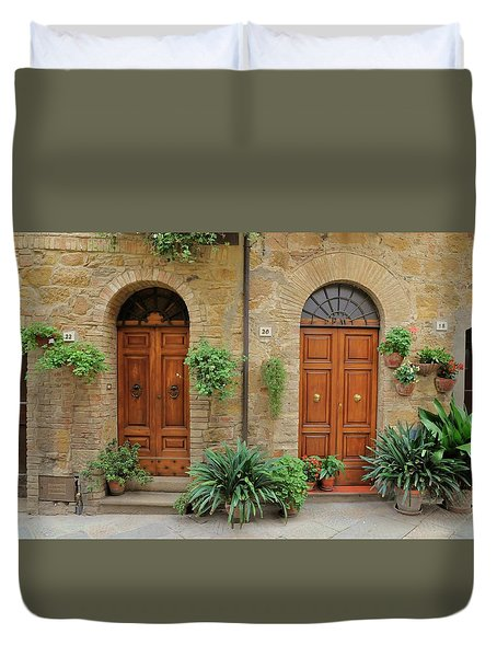 Italy - Door Seventeen Duvet Cover
