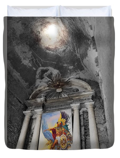 Duvet Cover featuring the photograph Ixcateopan De Chuauhtemoc by John Bartosik