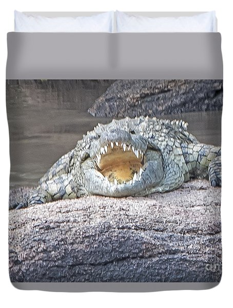 Duvet Cover featuring the photograph Jaws by Pravine Chester