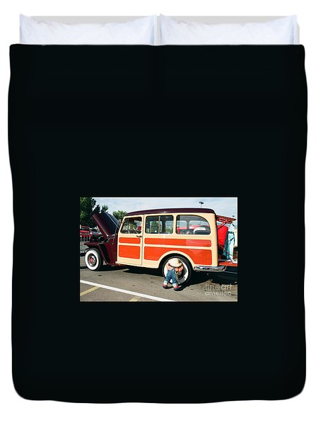 Duvet Cover featuring the photograph Jeepster by Vinnie Oakes