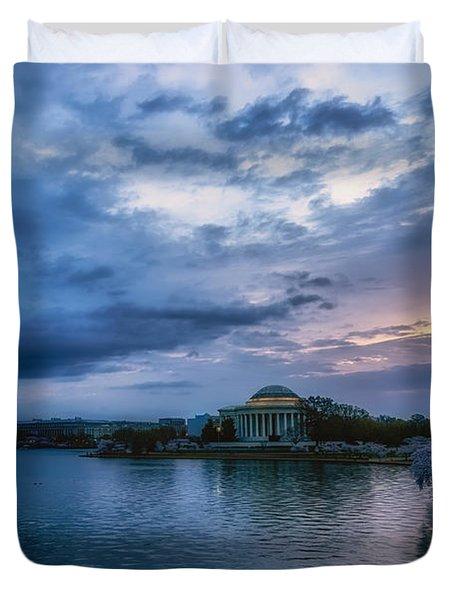 Jefferson Memorial Dawn Duvet Cover
