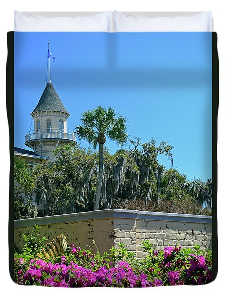 Duvet Cover featuring the photograph Jekyll Island Club Hotel And Azaleas by Bruce Gourley