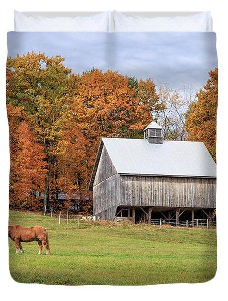 Jericho Hill Vermont Horse Barn Fall Foliage Duvet Cover