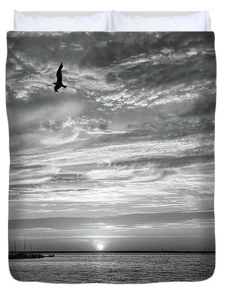 Jersey Shore Sunset In Black And White Duvet Cover