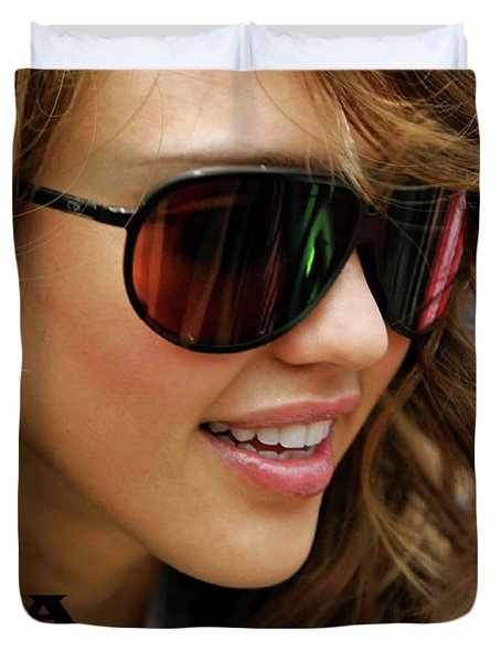 Jessica Alba, Cool Shades Duvet Cover
