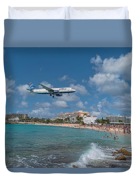 jetBlue at St. Maarten Duvet Cover
