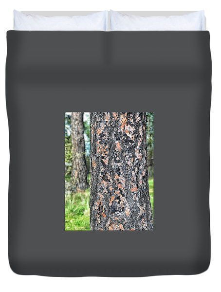 Jigsaw On A Pine Duvet Cover