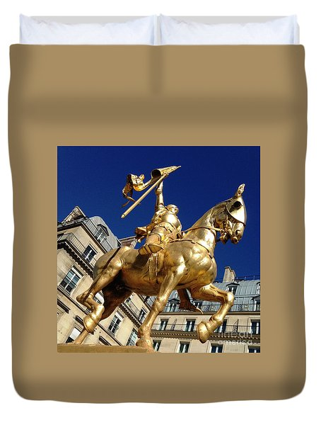 Duvet Cover featuring the photograph Joan Of Arc - Paris by Therese Alcorn