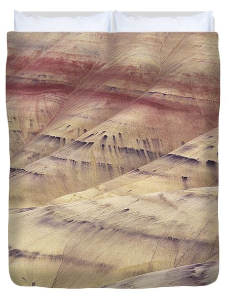 John Day Fossil Beds Duvet Cover by Greg Vaughn - Printscapes