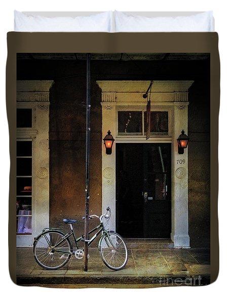 Jolt 709 Bicycle Duvet Cover by Craig J Satterlee