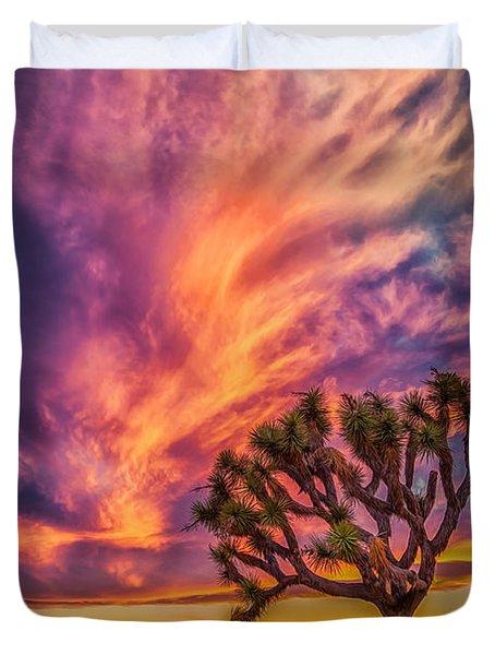 Joshua Tree In The Glowing Swirls Duvet Cover
