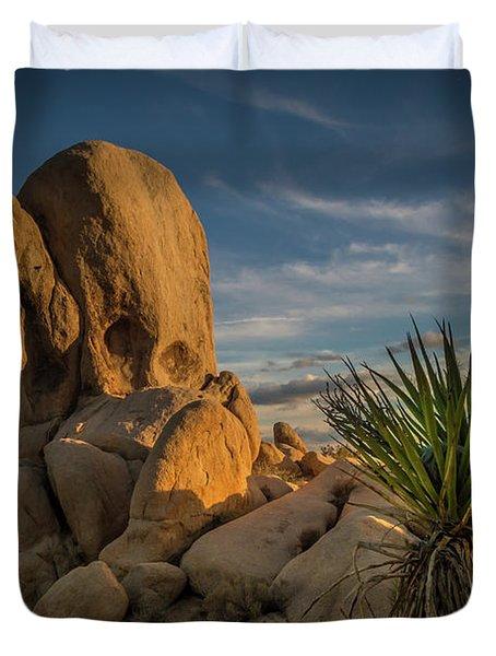 Joshua Tree Rock Formation Duvet Cover