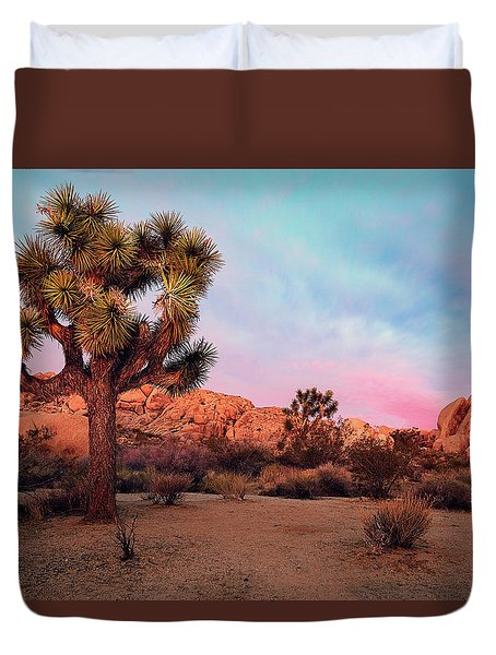 Joshua Tree With Dawn's Early Light Duvet Cover