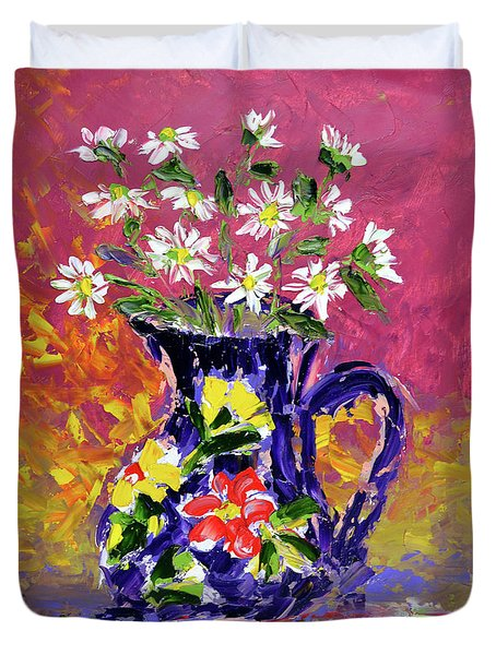 Jug Of Daisies Duvet Cover