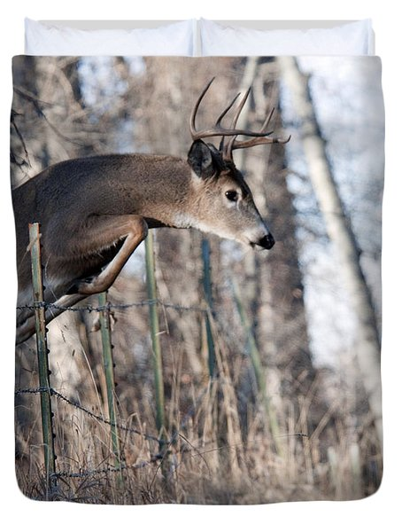 Jumping White-tail Buck Duvet Cover
