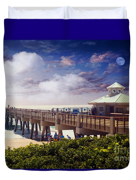 Juno Beach Pier Treasure Coast Florida Seascape Dawn C5a Duvet Cover by Ricardos Creations