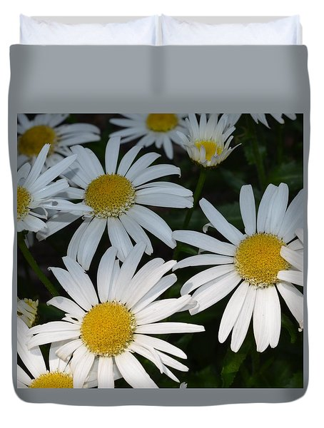 Duvet Cover featuring the photograph Just Daises by Richard Ricci