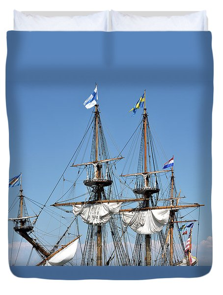 Duvet Cover featuring the photograph Kalmar Nyckel - Docked In Lewes Delaware by Brendan Reals