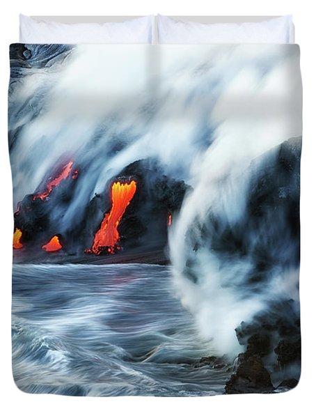Kamokuna Lava Ocean Entry, 2016 Duvet Cover